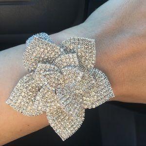 Bling flower bracelet